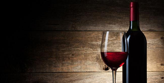28685-650x330-vin-rouge-igor-klimov--fotolia